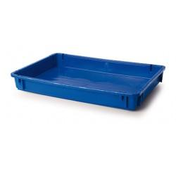 Solid plastic crate